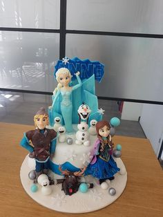 frozen theme Sheep Cake, Alice In Wonderland Cakes, Frozen Theme, Rustic Wedding, Cake Decorating, Whimsical, Wedding Cakes, Daily Inspiration, Ideas