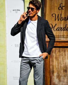 Why don't you buy a new tailored T-shirt that evolved to meet the needs of modern men? - Best Fashions for All Daily Fashion, Spring Fashion, Mens Fashion, Jacket Style, Suit Jacket, Cool Style, Style Me, Modern Man, Menswear