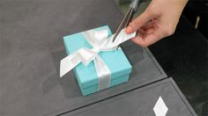 How to Tie a Tiffany's Bow - Finishing Touches