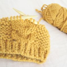 Free Knitting Pattern – Super Bulky Toddler Cable Hat Pattern