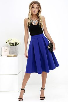After one night in the Pleats, Oh Please Royal Blue Midi Skirt, you'll be begging to wear it over and over! A banded high-waist introduces a woven, medium-weight midi skirt with box pleats, and hidden side-seam pockets. Exposed gold back zipper.
