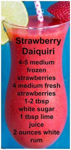 Strawberry Daiquiri Easy Fresh and delcious. – Sprite – Ideas of Sprite – Strawberry Daiquiri Easy Fresh and delcious. Mixed Drinks Alcohol, Party Drinks Alcohol, Liquor Drinks, Alcohol Drink Recipes, Punch Recipes, Bourbon Drinks, Strawberry Alcohol Drinks, Beverages, Easy Mixed Drinks