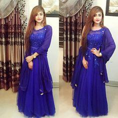 Media Tweets by Brishty Islam (@brishtysky)   Twitter Indian Fashion Dresses, Indian Designer Outfits, Designer Dresses, Indian Outfits, Stylish Dresses, Simple Dresses, Casual Dresses, Beautiful Dresses, Dresses With Sleeves