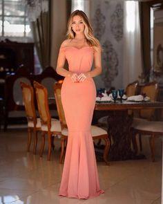 {Carolina} vestido festa longo sereia ombro a ombro madrinha casamento formatura (cor rosé Prom Dresses, Formal Dresses, Under Armour, Dressing, Glamour, Plus Size, Coral, My Style, Womens Fashion