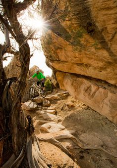 Mountain Biking in Grand Junction, Colorado. I love mountain biking, and this place is soooo on my bucket list!
