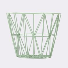 Wire basket, large