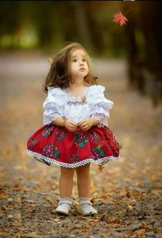37 Ideas For Baby Cute Dress Little Girls So Cute Baby, Cute Little Girls, Cute Kids, Precious Children, Beautiful Children, Beautiful Babies, Beautiful Clothes, Baby Girl Dresses, Baby Dress