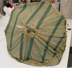 Parasol early 18th century italian - silk and wood