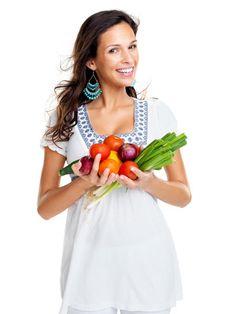 Weißmehl, Zucker und gehärtete Fette sind innerhalb der Rohkost-Diät Tabu.
