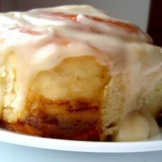 Cinnabon Cinnamon Rolls (copycat) @keyingredient #cheese #bread