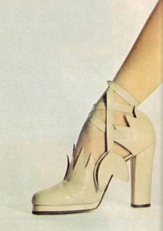 A shoe that looks like it was created by God. Photo by Gianni Penati for Vogue UK, 1972