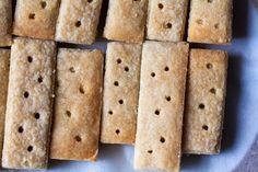 classic shortbread – smitten kitchen Homemade Shortbread, Shortbread Recipes, Shortbread Cookies, No Bake Cookies, Cookies Et Biscuits, Bar Cookies, Yummy Cookies, No Bake Desserts, Just Desserts