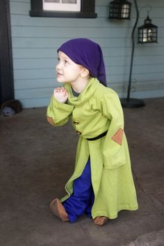 21 DIY Disney Costumes to Make Your Kid For Halloween This Year Dopey Dopey Costume ($74) How to DIY this: jeans/blue pants, green jacket (with iron-on patches or sewn-on felt), purple hat/beanie, moccasins