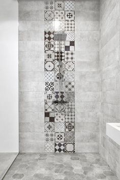 45 Best Shower Tile Ideas That Will Tranform Entire Atmosphere of Your Bathroom # Bad Inspiration, Bathroom Inspiration, Bathroom Interior, Modern Bathroom, White Bathroom, Master Bathroom, Asian Bathroom, Vanity Bathroom, Remodel Bathroom