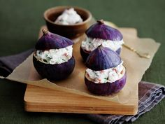 Figs with Ricotta Ricotta, Eggplant, Tapas, Garlic, Vegetables, Desserts, Recipes, Figs, Entertaining
