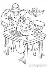Ghosts, pumpkins, bats and biscuits. What more do you want on halloween