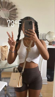 Baddie Outfits Casual, Cute Swag Outfits, Chill Outfits, Dope Outfits, Trendy Outfits, Fashion Outfits, Black Girl Fashion, Look Fashion, Traje Cowgirl