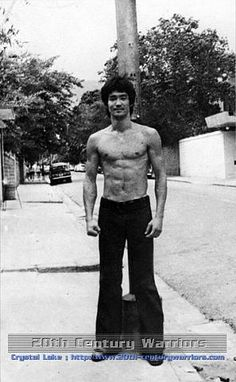 """""""To grow, to discover, we need involvement which is something I experience everyday, sometimes good, sometimes frustrating."""" (Bruce Lee)"""