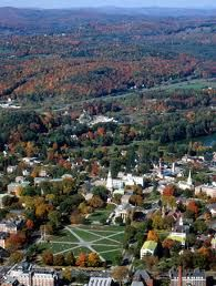 Dartmouth College campus in Hanover, NH College Campus, College Life, Great Places, Places Ive Been, Dartmouth College, White Mountains, Covered Bridges, New Hampshire, Vermont
