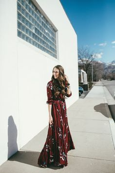 Full length maroon floral maxi dress. Perfect for those warm spring days out and about or even a date night out!