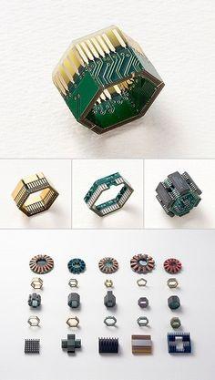 Japanese jeweller Yuma Fujimaki torch-fired-enamel-jewelry-ideas-inspirations-colo