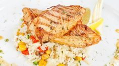 Lemon grilled fish and veggie rice http://www.sally-bee.com/