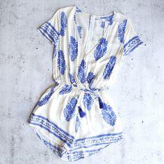 reverse - short-sleeve boho print front surplice romper