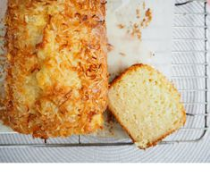 Deliciously easy pineapple and coconut loaf with a tangy pineapple drizzle icing that you will be wanting to make again and again. Coconut Loaf Cake, Coconut Bread Recipe, Coconut Muffins, Coconut Recipes, Loaf Recipes, Baking Recipes, Snack Recipes, Snacks, Vegan Recipes