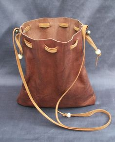 handbags-and-purses.xyz -&nbsphandbags and purses Resources and Information. Cheap Purses, Cute Purses, Purses For Sale, Handbags Online, Handbags On Sale, Purses And Handbags, Leather Pouch, Leather Purses, Leather Totes