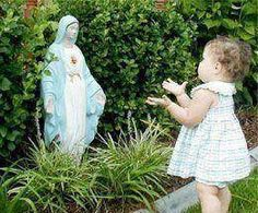 Jesus inherited us His Blessed Mother, our Mother! Blessed Mother Mary, Blessed Virgin Mary, Photo Elephant, Catholic Memes, Mama Mary, Mary And Jesus, Holy Mary, Roman Catholic, Our Lady