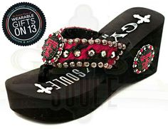 Fashion Temps, Show your school spirit with these Wreck 'Em flip flops by Gypsy Soule #wearablegifts #dallasmarket