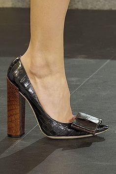 Louis Vuitton Bow Pumps