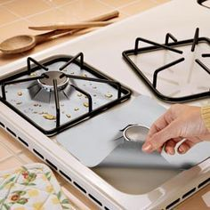 OH I so neeeed these! I have to clean my range! Gas Hob Protectors Keep your gas range Clean. Use the teflon cookie sheets to make and save time and money.