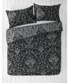 Black and Grey Damask Bedding Set - Kingsize.