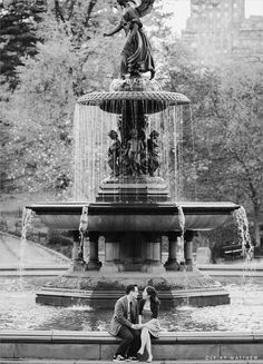Central Park engagement photos.  PHOTOS BY CLY BY MATTHEW