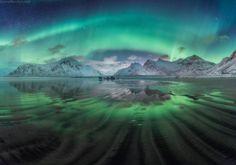 enchanting-landscapes:  Даниил Коржонов - Волны сияния