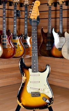 Fender Custom Shop Stratocaster, Fender Telecaster, Gibson Guitars, Fender Guitars, Fender Vintage, Cool Electric Guitars, Fender American, Classical Guitar, Rock Bands