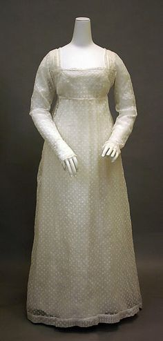Dress Date: ca. 1800 Culture: French Medium: cotton Dimensions: Length at CB: 61 1/2 in. (156.2 cm)