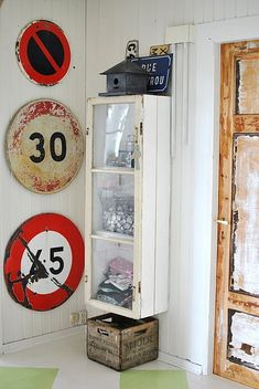 old traffic signs #decor Like our Facebook page! https://www.facebook.com/pages/Rustic-Farmhouse-Decor/636679889706127