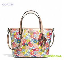 Metro floral coach bag | ... Coach - new with tag. Comes with Coach care card. Floral print canvas
