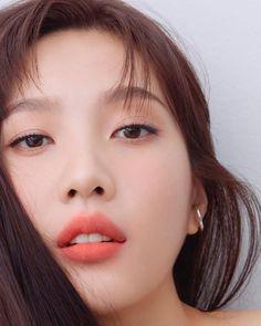 Lulamulala (@Lulamulala) / Twitter Seulgi, Beauty P, Beauty News, True Beauty, Marie Claire, Joy Instagram, Red Velvet Joy, Park Sooyoung, Beauty Magazine
