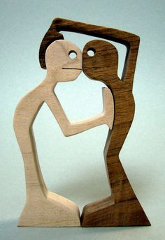 Marly wooden sculpture the wood is walnut and Maple height: 15 cm width: 10 cm thickness: 2 cm Small Woodworking Projects, Wood Projects, Craft Projects, Projects To Try, Scrap Wood Crafts, Diy And Crafts, Koala Craft, Wooden People, Wood Carving Patterns