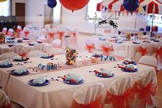circus table decorations | Circus / Carnival Party Ideas / circus table setting ...