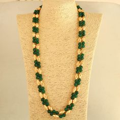 Dholki beads - Green And Dholaki Beads Long Necklace , Indian Necklace ,ethnic indian jewellery – Dholki beads Gold Earrings Designs, Gold Jewellery Design, Bead Jewellery, Jewellery Sale, Beaded Jewelry Designs, Handmade Jewellery, Necklace Designs, Gold Jewelry Simple, Coral Jewelry