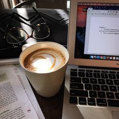 Ideas Book And Coffee Photography Writing Life For 2019 Coffee Study, Coffee And Books, Coffee Break, Coffee Cafe, My Coffee, Coffee Drinks, Coffee Shot, Ninja Coffee, Coffee Heart