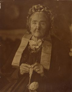 [Grandmother Käsebier with Knitting]; Gertrude Käsebier (American, 1852 - 1934); Germany; 1895 - 1901; Gelatin silver print