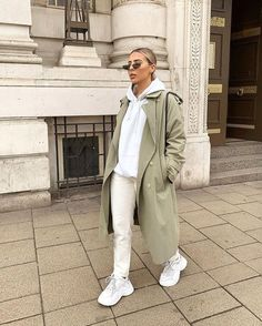 Trench Coat Outfit For Spring Sporty Outfits, Casual Fall Outfits, Mode Outfits, Trendy Outfits, Grunge Outfits, Street Style Outfits, Winter Fashion Outfits, Fall Winter Outfits, Looks Hip Hop