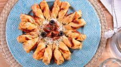 Tarta sol de hojaldre, parmesano, tomate y olivas - Elena Aymerich - Receta - Canal Cocina