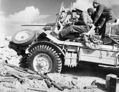 New Zealand 2-pdr anti-tank gun mounted on a truck in the portee role, 3 December 1941.