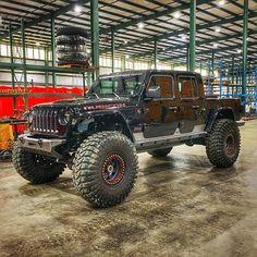 Suv Trucks, Suv Cars, Jeep Cars, Jeep Wrangler Sahara, Jeep Wrangler Unlimited, Jeep Brute, Badass Jeep, Jeep Camping, Jeep Commander